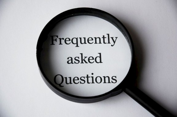 Magnifying glass & FAQ – questions & answers concerning parking space