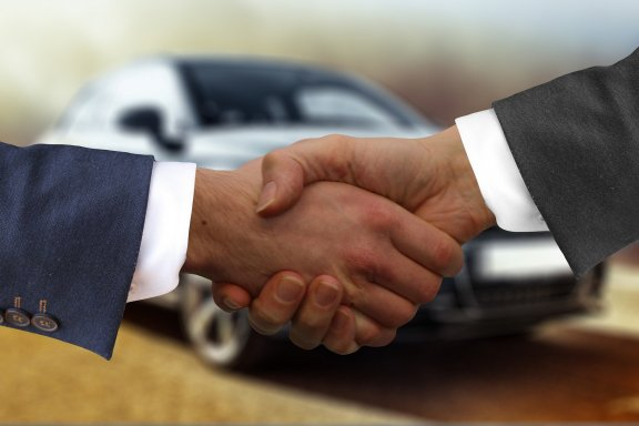 Handshake as conclusion of contract